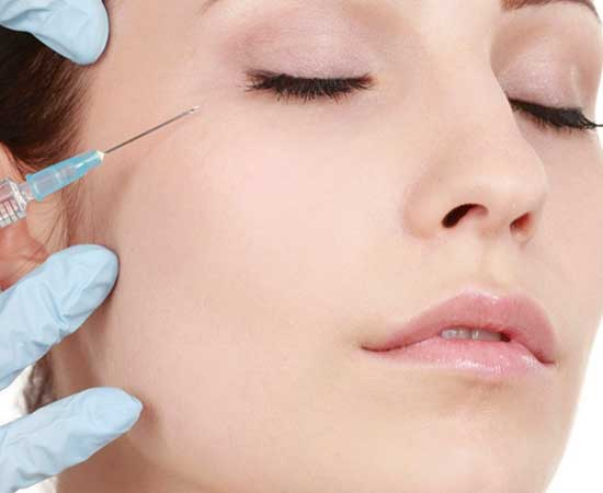 picture of an anti-wrinkle treatment injection being performed
